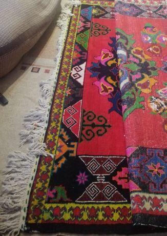 Ручная вязь из шерсти казахский ковёр палас