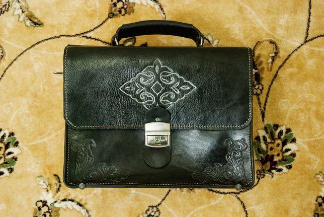 Деловые портфели из натуральной кожи. Ручная работа.
