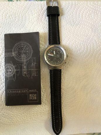 REM Chronograph nou