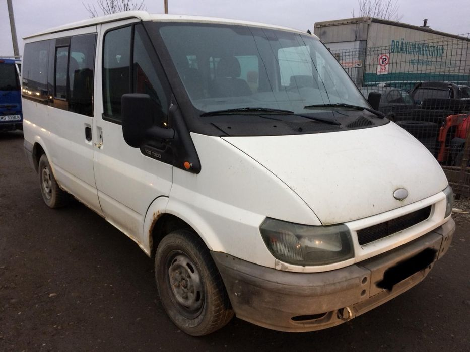 Ford transit minibus microbus 2.0 tddi 5 trepte manual an 2004 8+1 Ungheni - imagine 1