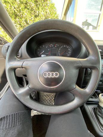 Волан Audi A3 2002г.
