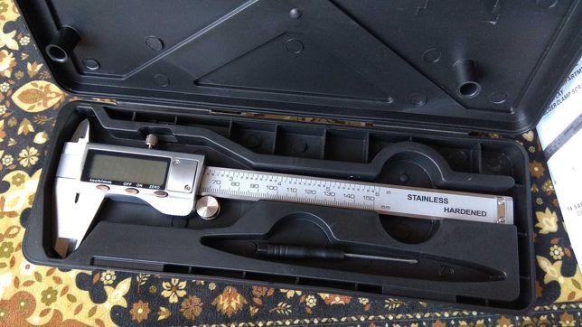 Штангенциркуль электронный металлический 150 мм 6 дюймов + чехол