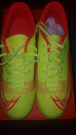 Nike vapor 14 club TF mărimea EUR 42.5