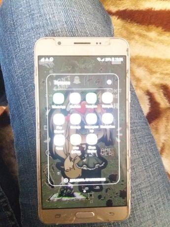 Продам Samsung galaxy J7 в идеальном состоянии