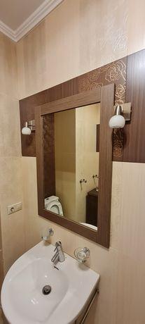 Тумба с зеркалом в туалет