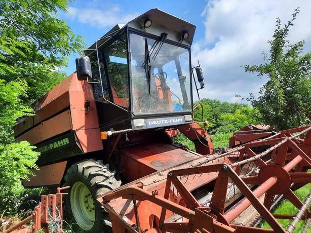 Combina agricola Deutz fahr M1320