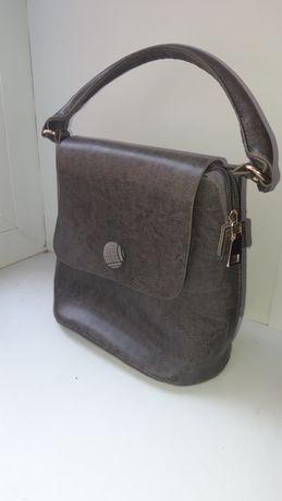 Продам сумочки в хорошем состоянии
