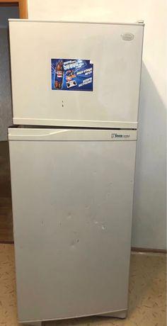 """Холодильник """"Samsung"""""""