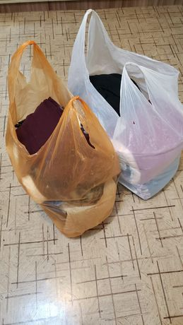 2 больших пакета женской одежды. Размер S (42/44)