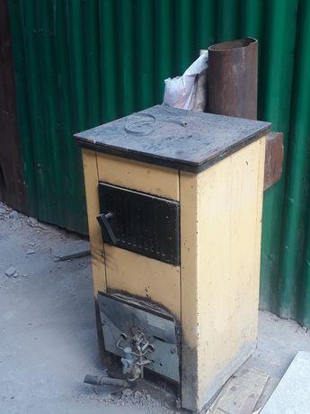 Продам газовую печку можно и на угле в рабочем састояние 45 тыс
