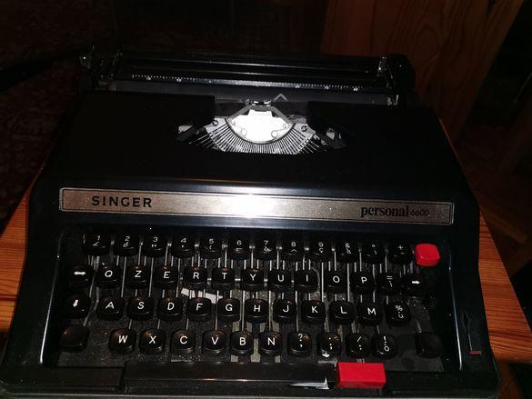 Singer латинска пишеща машина портативна
