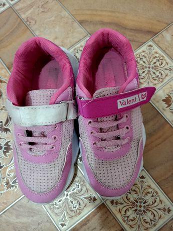 Кроссовки на девочку, размер 29