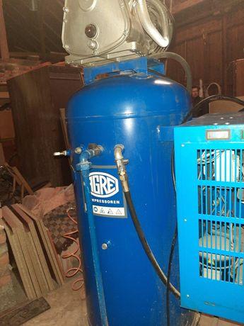 Compresor industrial cu uscător de aer fabricatie germania