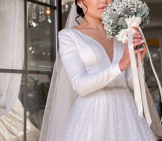 Продам платье 100000