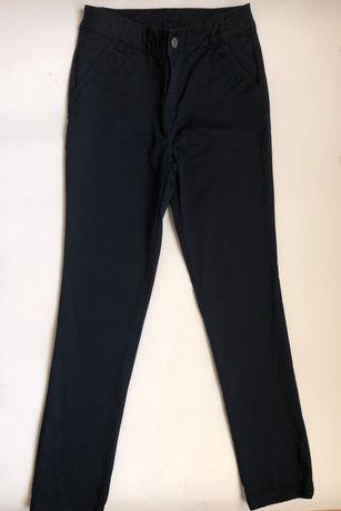 Pantaloni pentru fete,11-12 ani