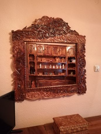 Ramă de oglindă din lemn