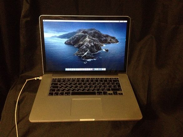 15,4'' Core i7 MacBook Pro А1398( Late 2013 )-На части