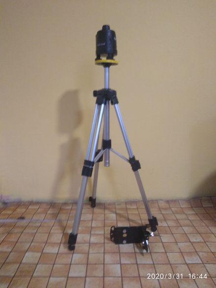 Ротационен лазерен нивелир