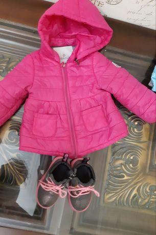 Продам сапоги осенние  и куртку moncler На девочку