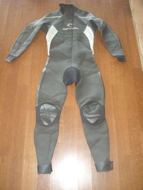 Costum neopren Rip Curl, scufundari, 4,3,, scubadiving, nou!