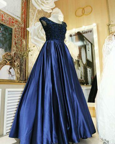 Вечерние платья класса люкс