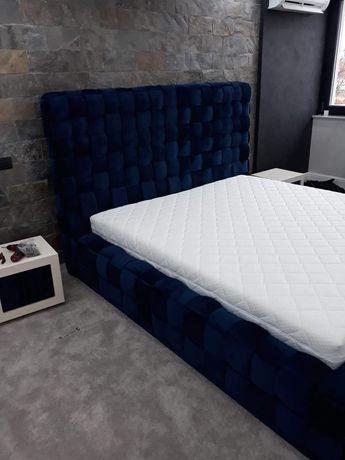 Pat dormitor si noptiere tapitate