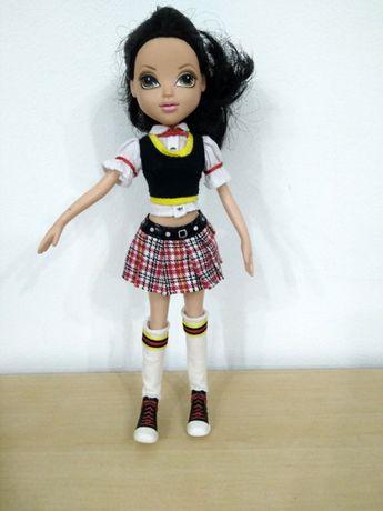 Кукла Moxie Girls с подаръци в отлично състояние