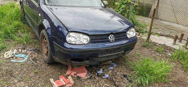 Volkswagen golf 4 1.4 16 V, an 2002 AXP