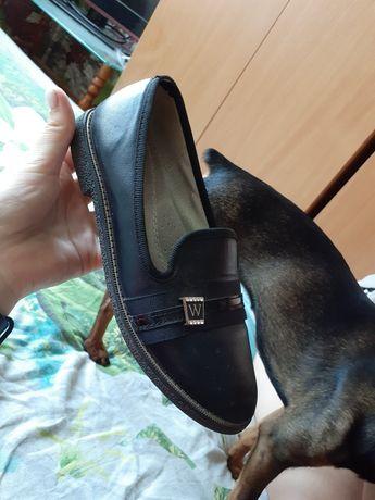 обувь для девочки в школу