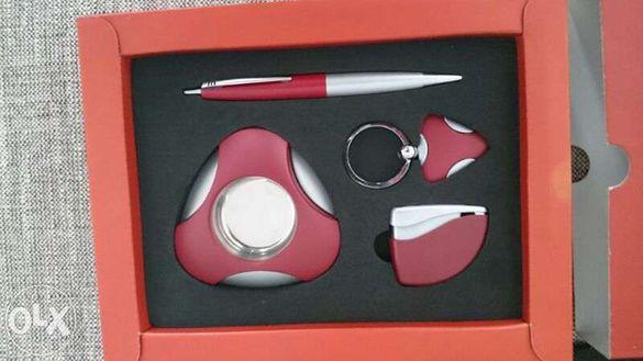 Мъжки аксесоари - колан и подаръчен комплект