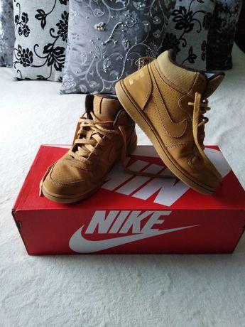 """Nike"" детски кецове"