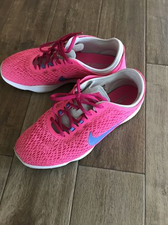 Nike training zoom fit 39 ca noi