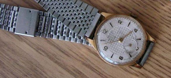 Продавам за колекционери стари часовници /работещи/ над 50год.