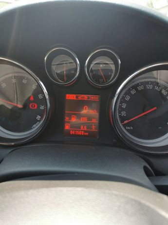 De vanzare Opel Astra J