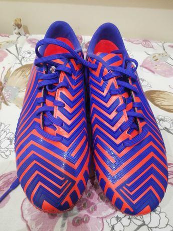 Футболни обувки адидас предатор