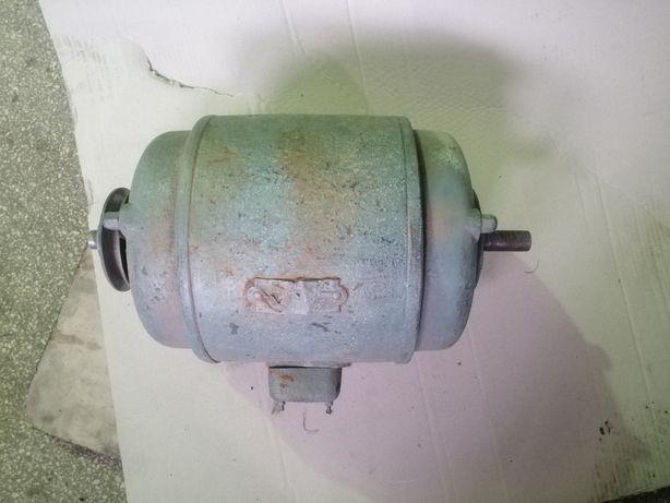 Motor electric 220/380 V