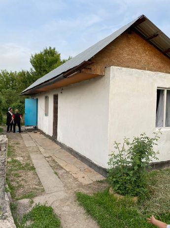 Продам дом,Поселок Жалпақсай не доезжая Каскелена бывший поселок КИЗ,,