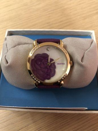 Дамски часовник BERTHA лилав кожена каишка