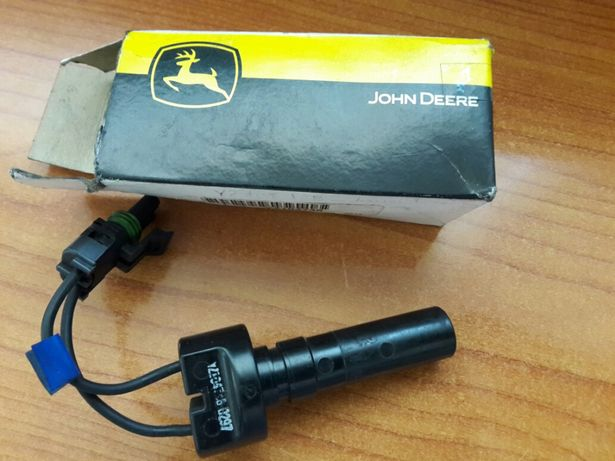 Senzor YZ104746 John Deere