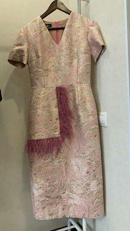 Продам дизайнерское стильное платье