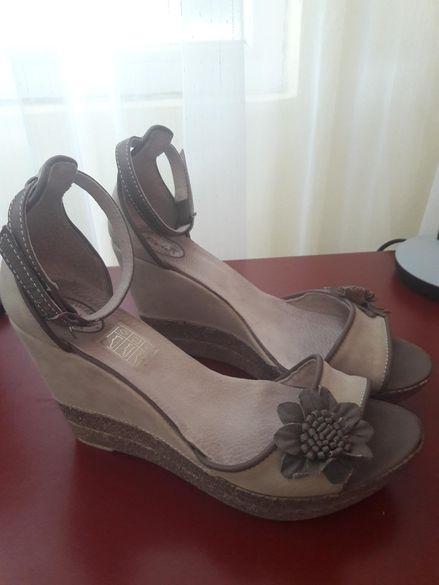 Български сандали