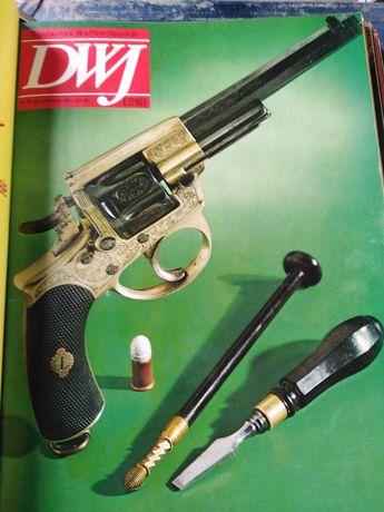 Немски списания каталози за оръжие