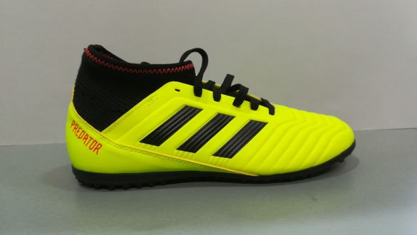 Adidas Predator N37/23,5см.Детски футболни стоножки.Нови.Оригинал.