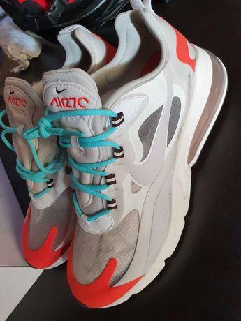 Adidas Nike air max