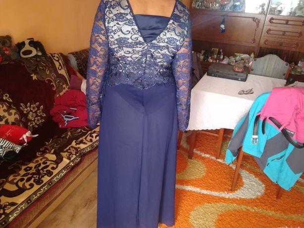 Vând rochie de gală