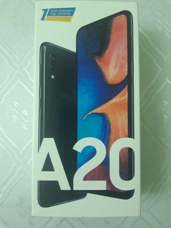 Самсунг А20