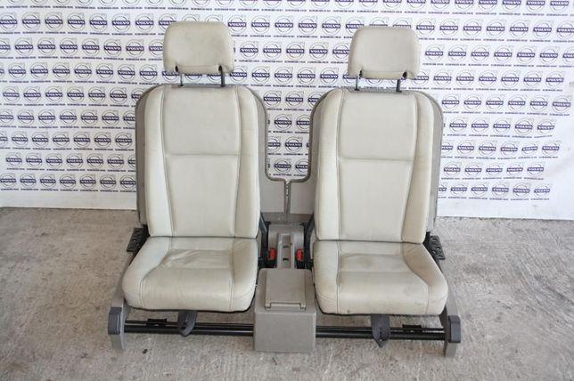 Scaune/bancheta portbagaj/al treilea rand scaune crem/negre Volvo XC90
