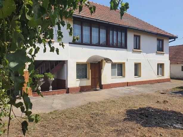 Casa de vanzare 182mp in Targu jiu