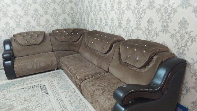 Срочно продается диван