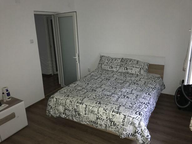 Inchiriez apartament 2 dormitoare Gaesti